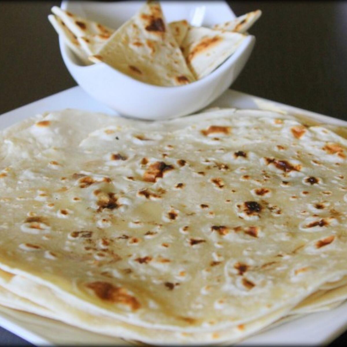 Ezen a képen: Házi készítésű tortilla lapok