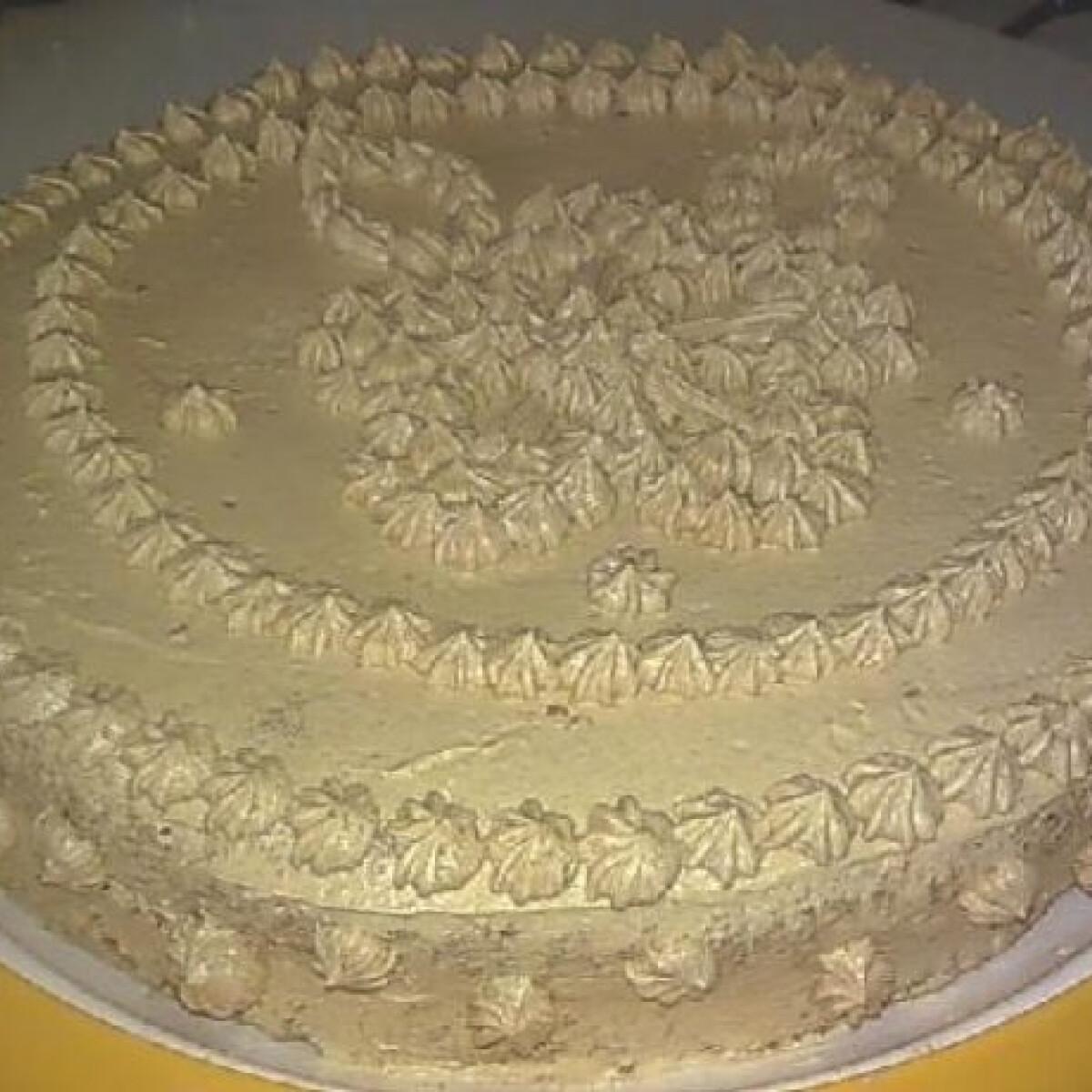 Ezen a képen: Kávés-pudingos torta