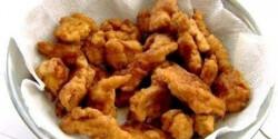 Csirkecsíkok fűszeres tésztában
