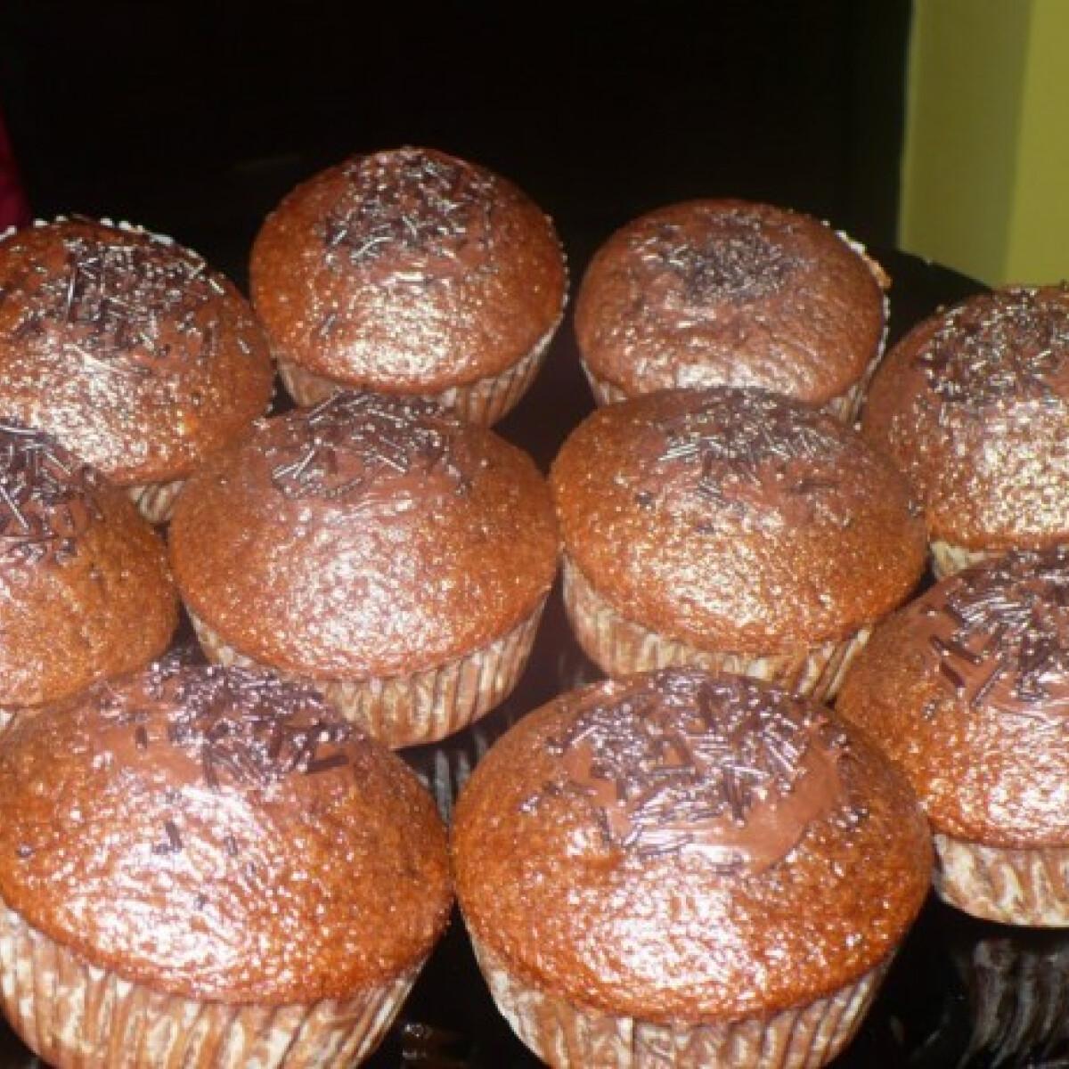 Ezen a képen: Csokis muffin Melissza konyhájából