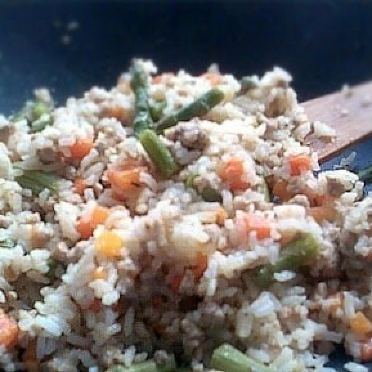 Zöldspárgás rizses egytál