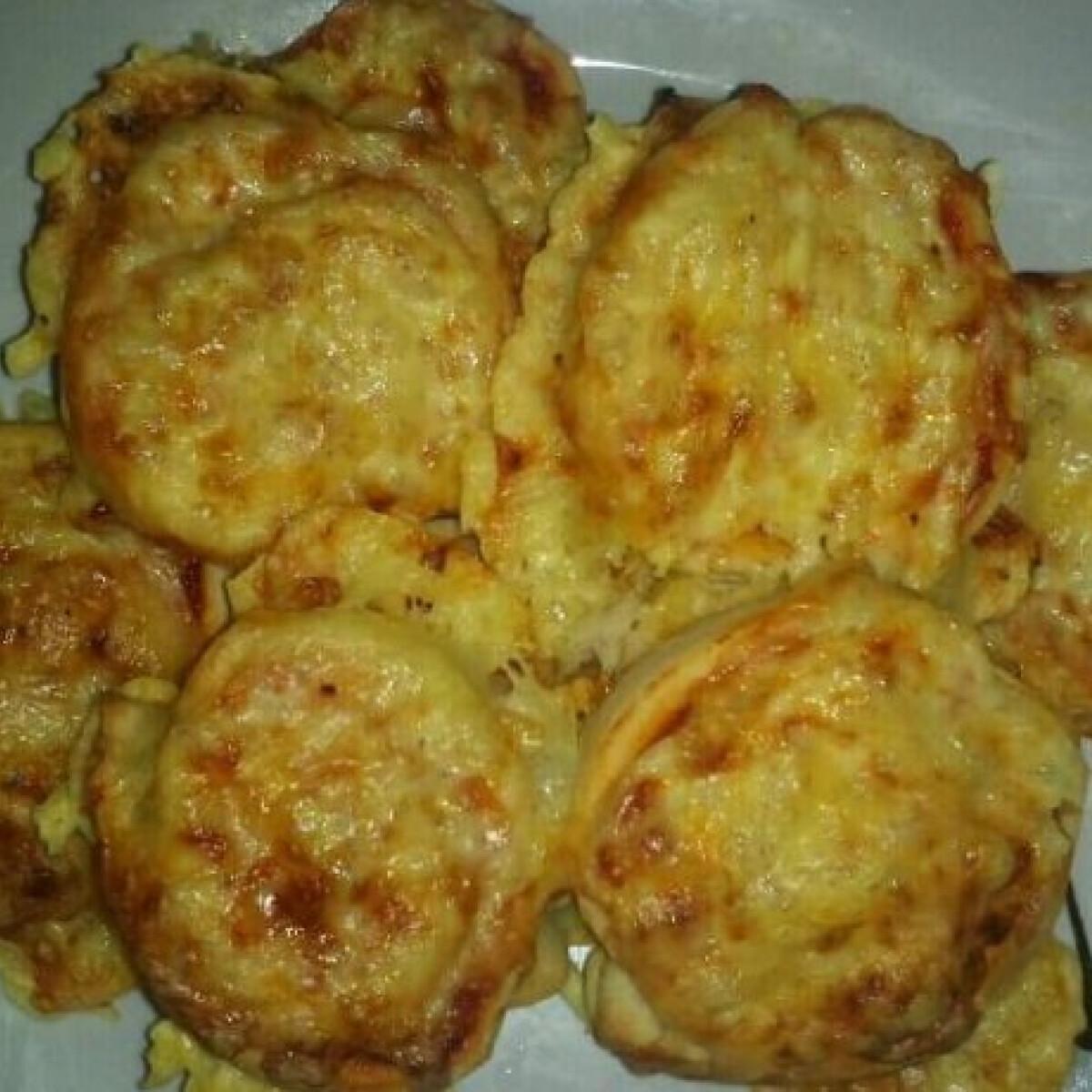 Ezen a képen: Pizzás csiga vagy pizza