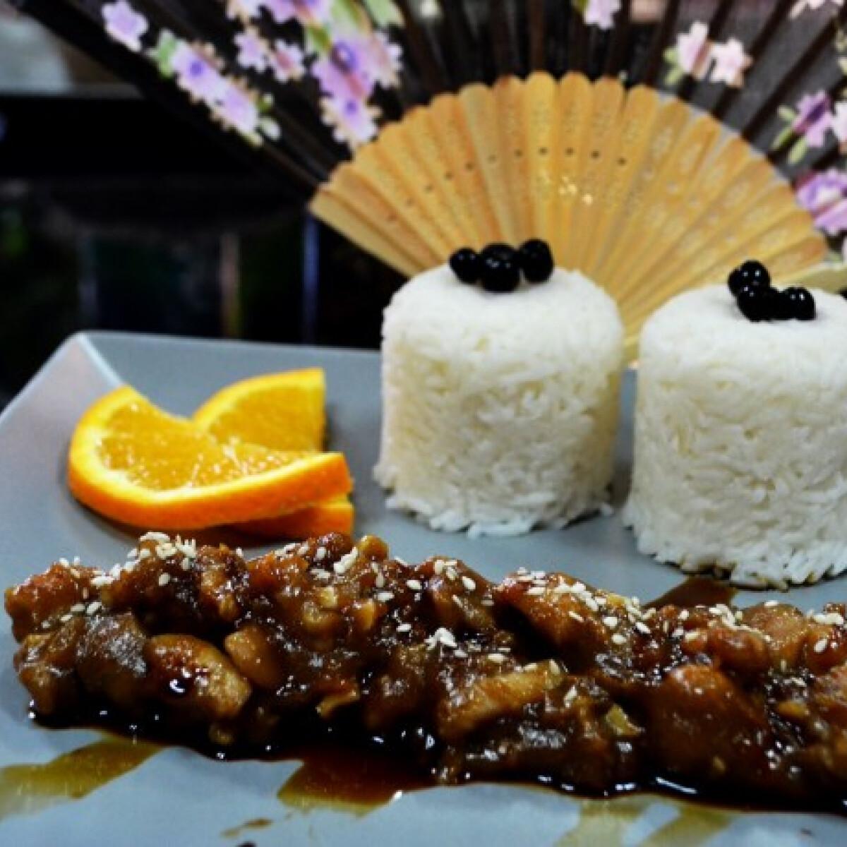 Ezen a képen: Ázsiai narancsos csirke