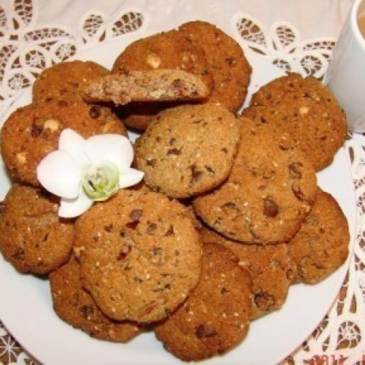 Ezen a képen: Amerikai keksz 6. - kókuszos, mogyorós