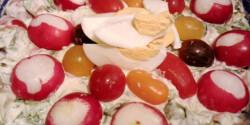 Bébispenótos sajtos-sonkás saláta könnyedén