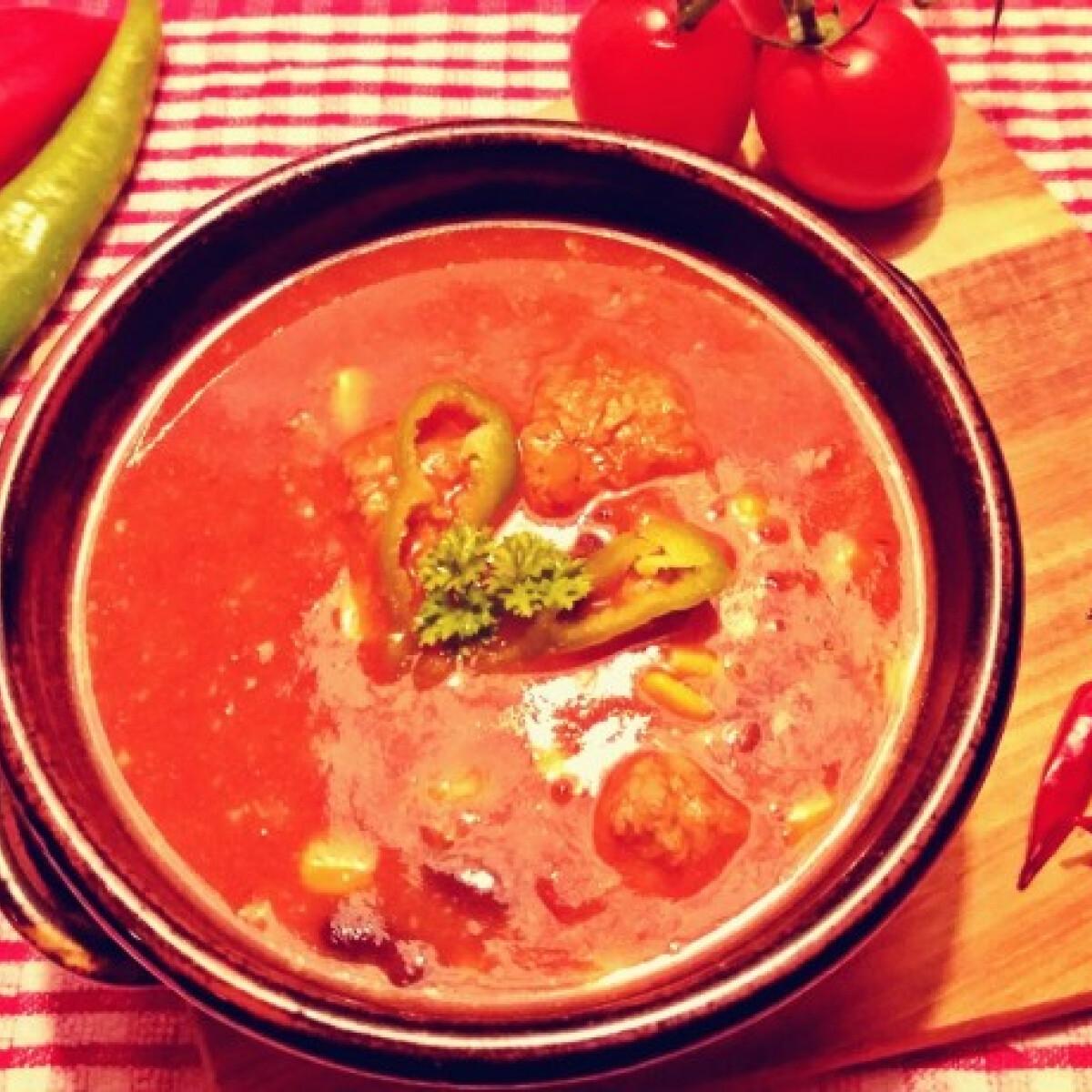 Ezen a képen: Chili con carne leves