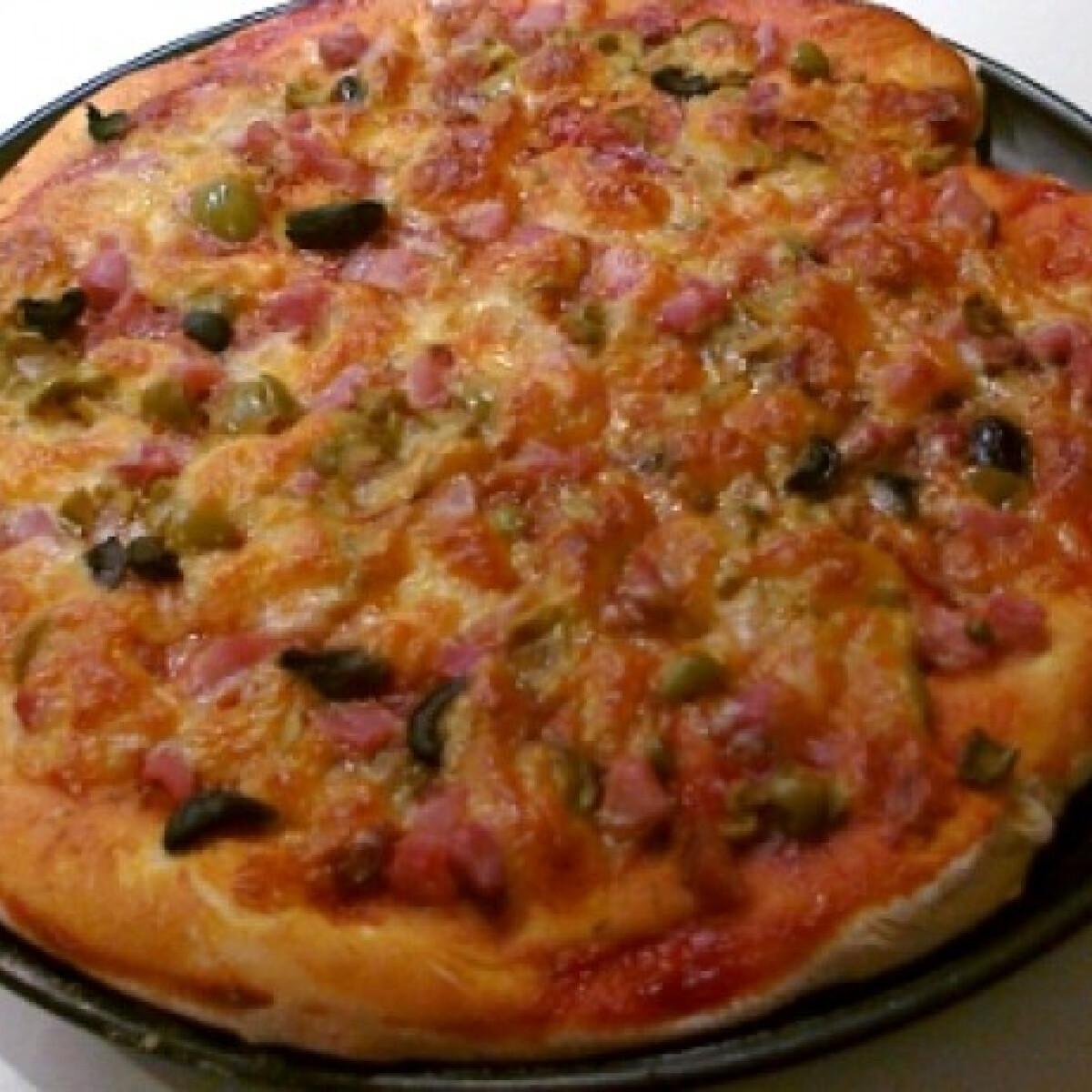 Ezen a képen: Variálható pizza