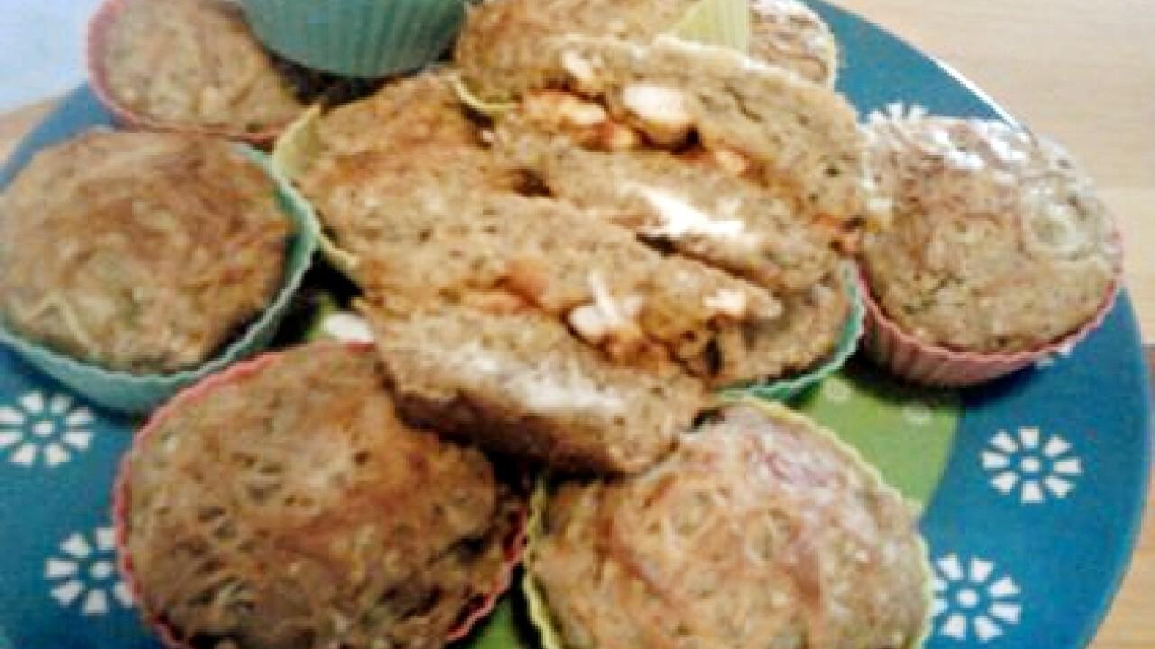 Csirkehúsos-juhtúrós muffin