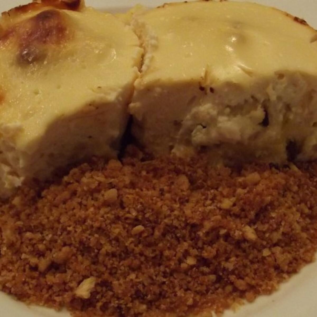 Ezen a képen: Sült túrógombóc Vivike konyhájából