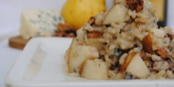 Gorgonzolás rizottó friss körtével és dióval