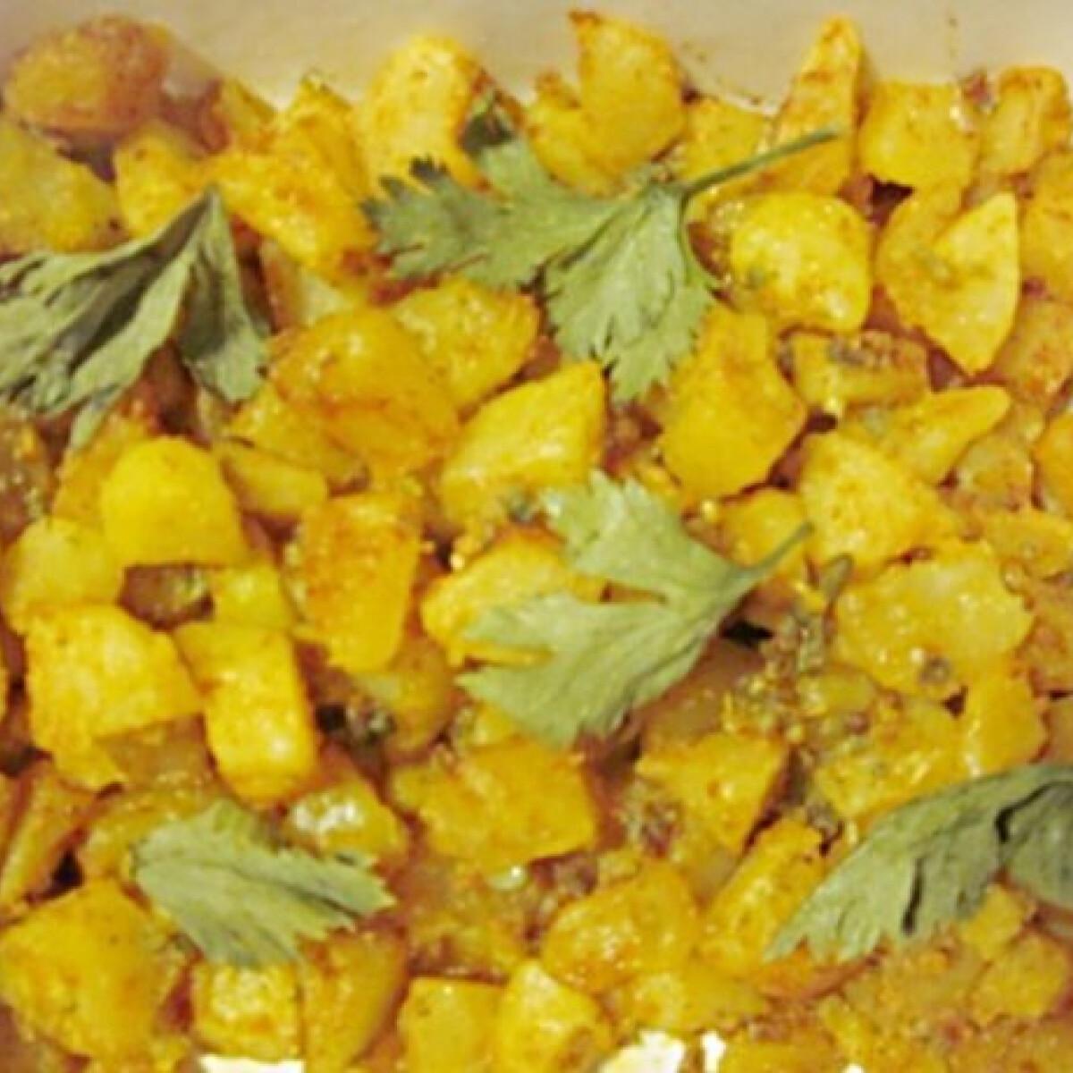Ezen a képen: Fűszeres burgonya Rezu konyhájából