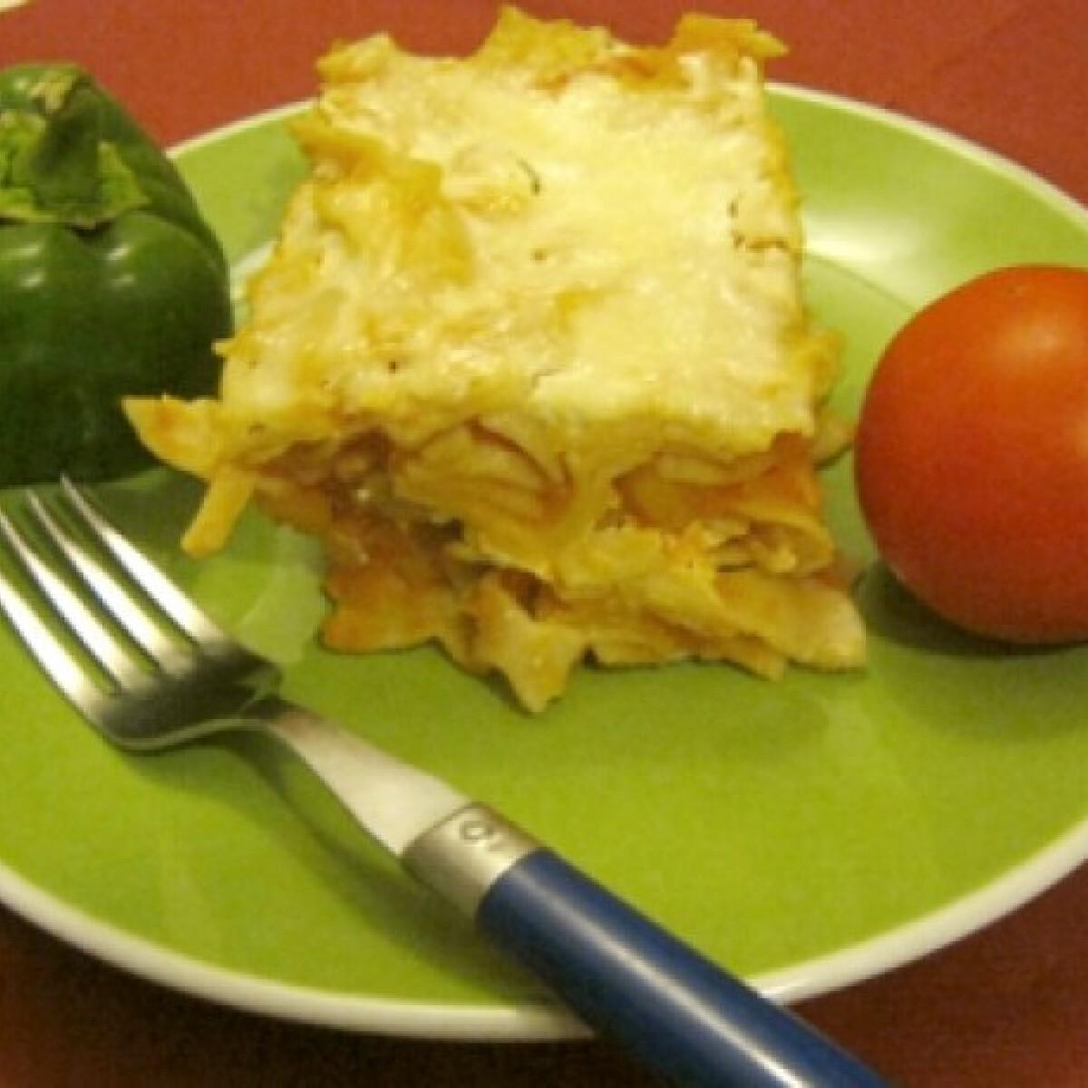 Ezen a képen: Ínyenc krumplis tészta