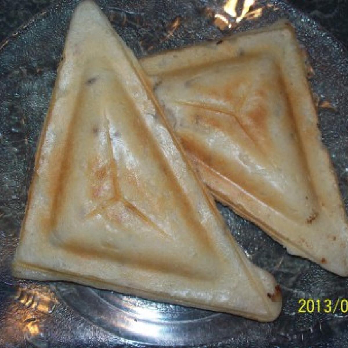 Ezen a képen: Gluténmentes szendvicssütős párnácska