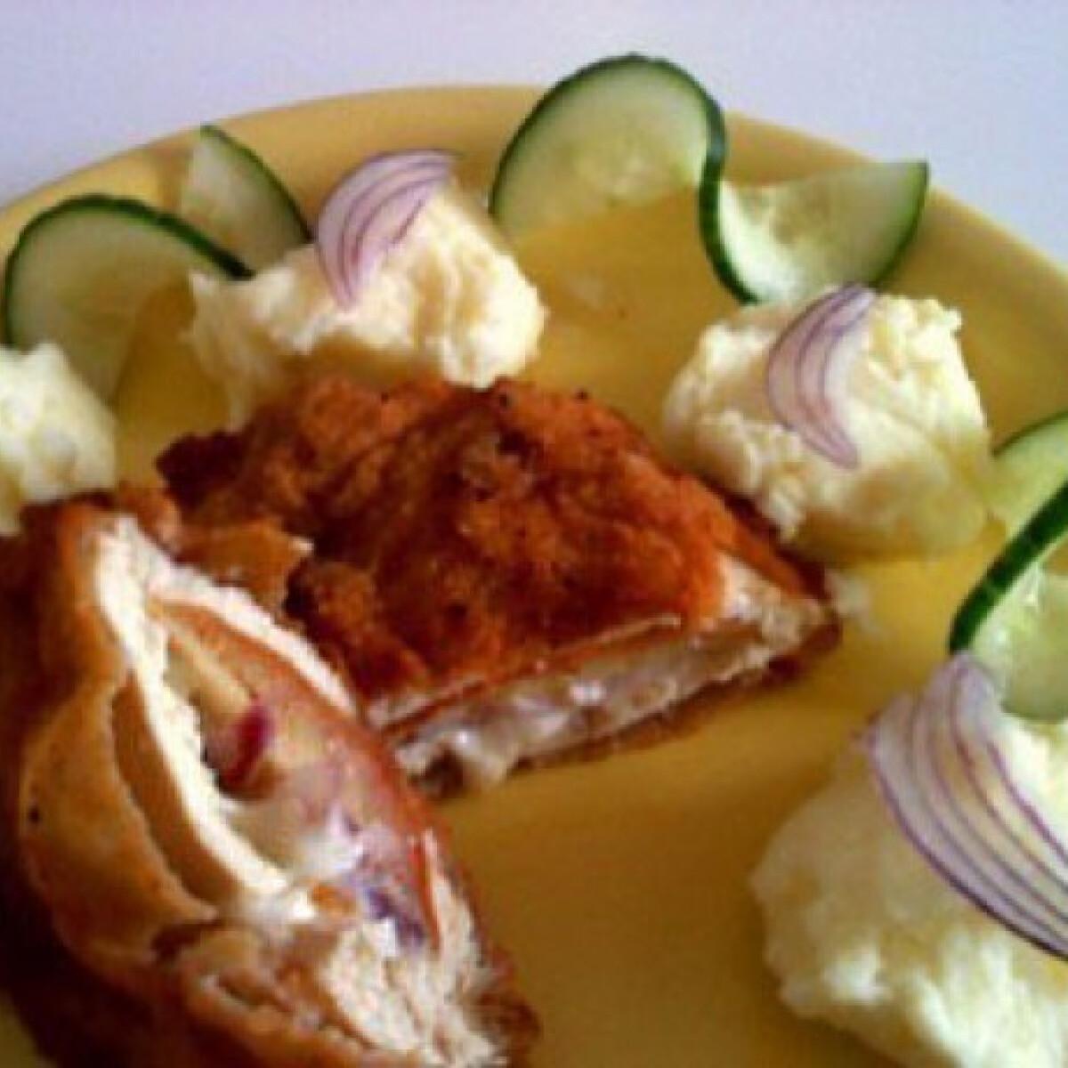 Ezen a képen: Almával töltött csirkemell burgonyapürével