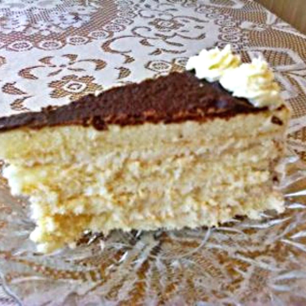 Ezen a képen: Hólabda torta ahogy niki készíti