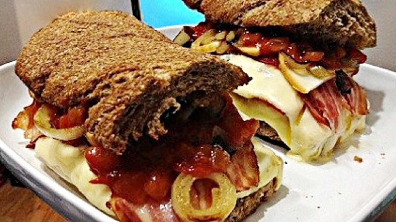 Óriás szendvics