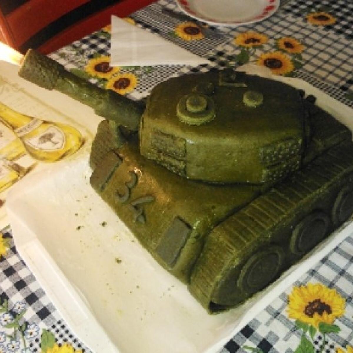 Tejszínes-túrós tank torta