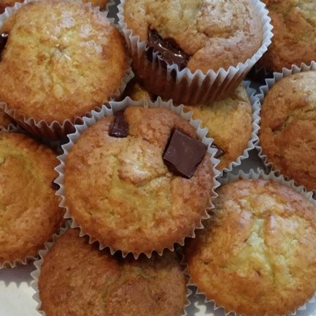 Ezen a képen: Egyszerű és finom muffin Domcs4 konyhájából