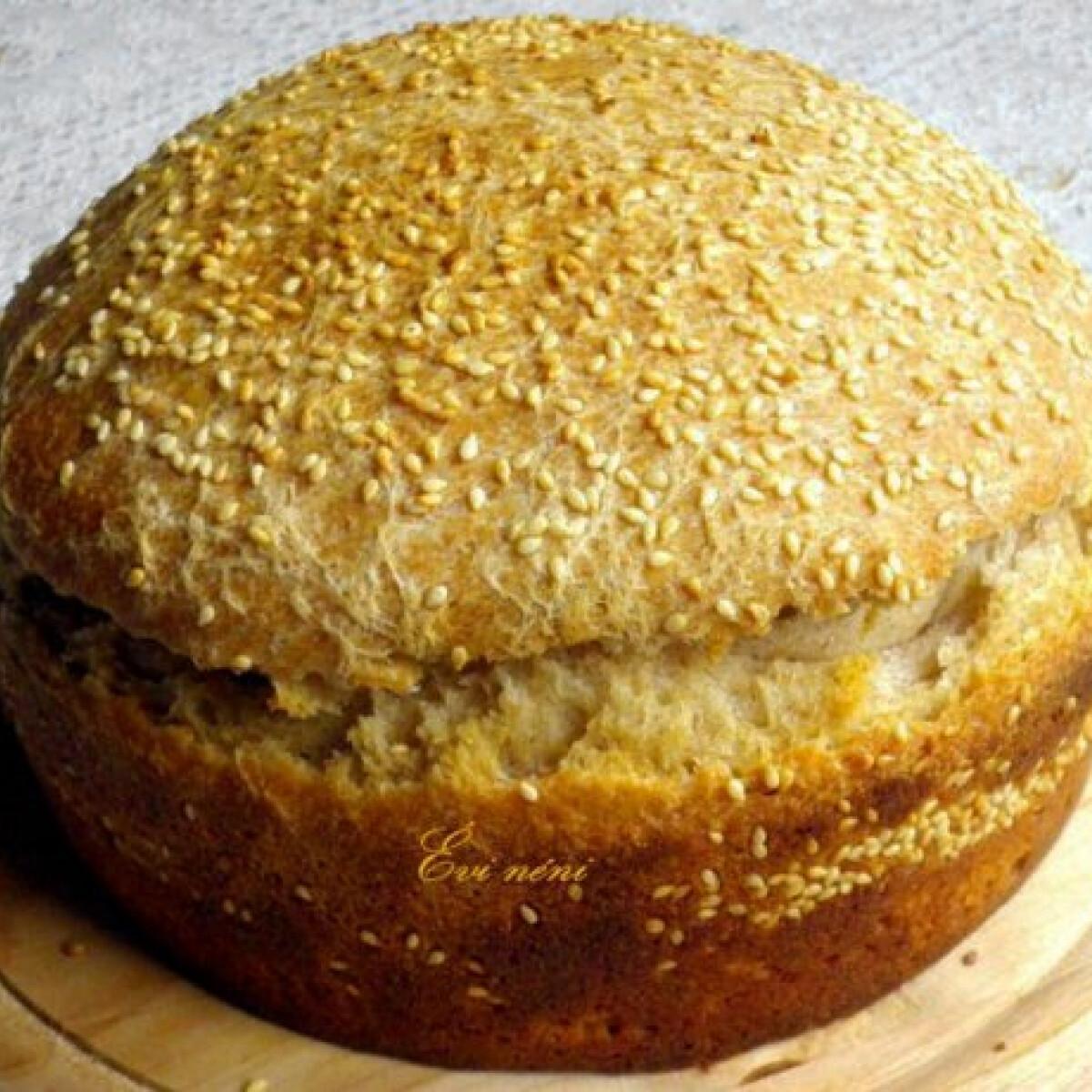 Ezen a képen: Rozskovászos sörös kenyér