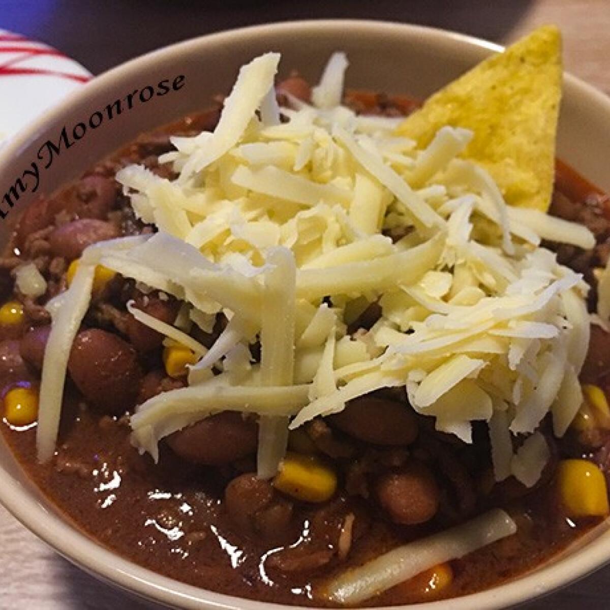 Ezen a képen: Chili con carne Amy Moonrose konyhájából