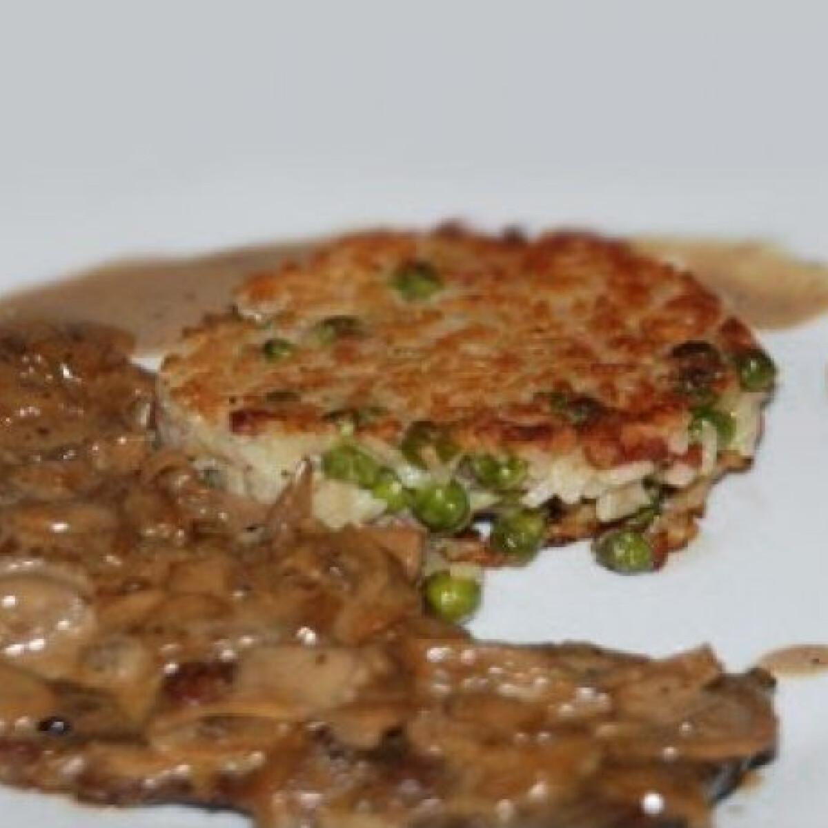 Ezen a képen: Steak Diane sült rizspiláffal