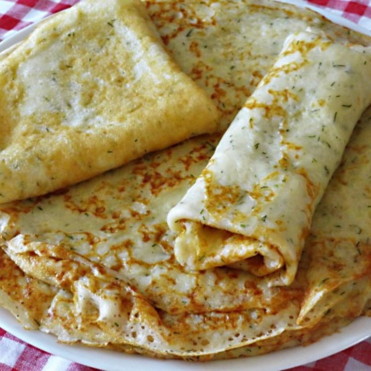 Ezen a képen: Kapros-sajtos palacsinta