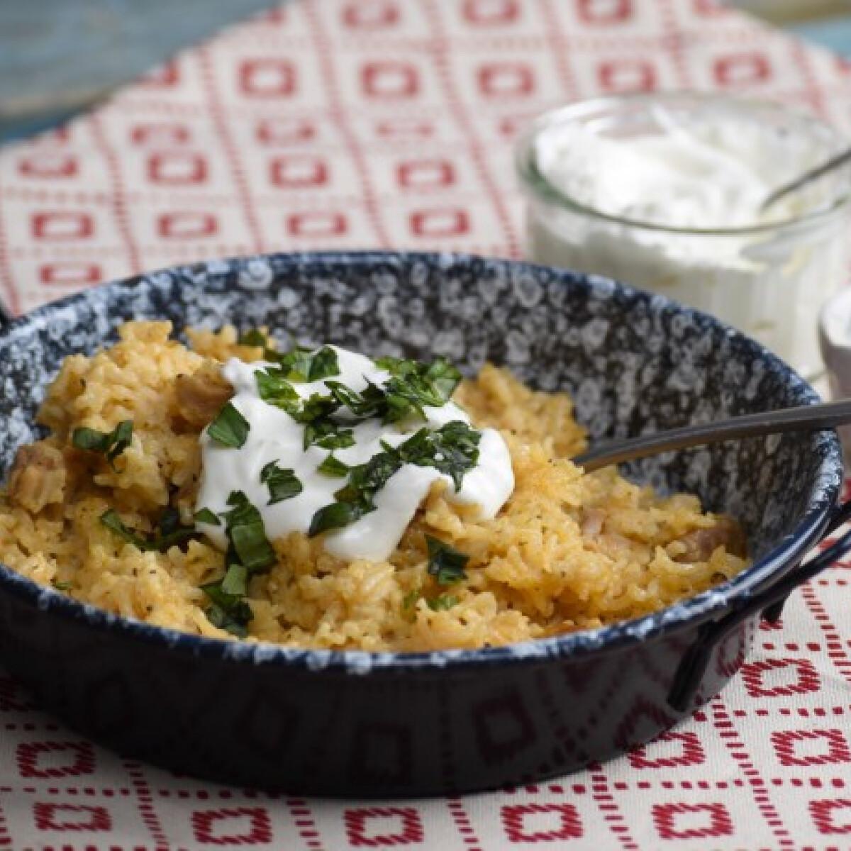 Ezen a képen: Vajas-rizses csirke