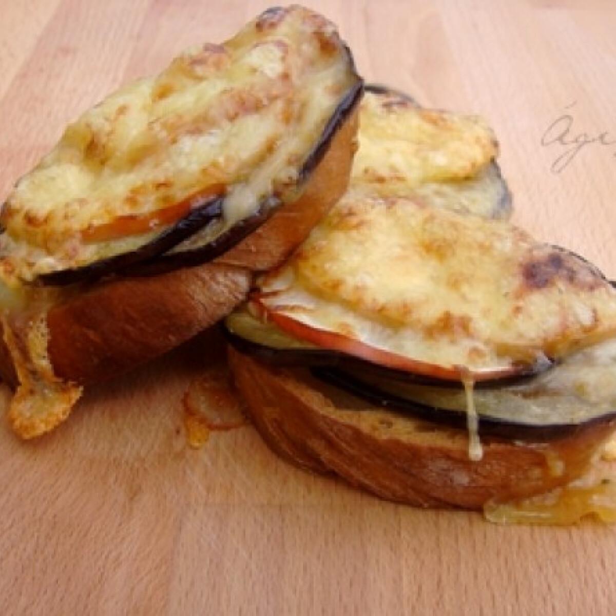 Padlizsános-almás bruschetta
