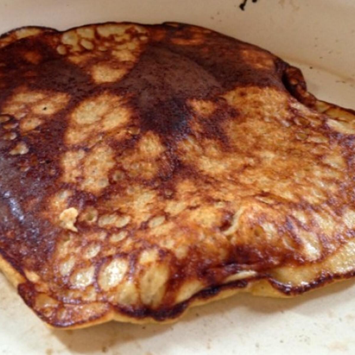 Ezen a képen: Tojás-banán paleocsinta
