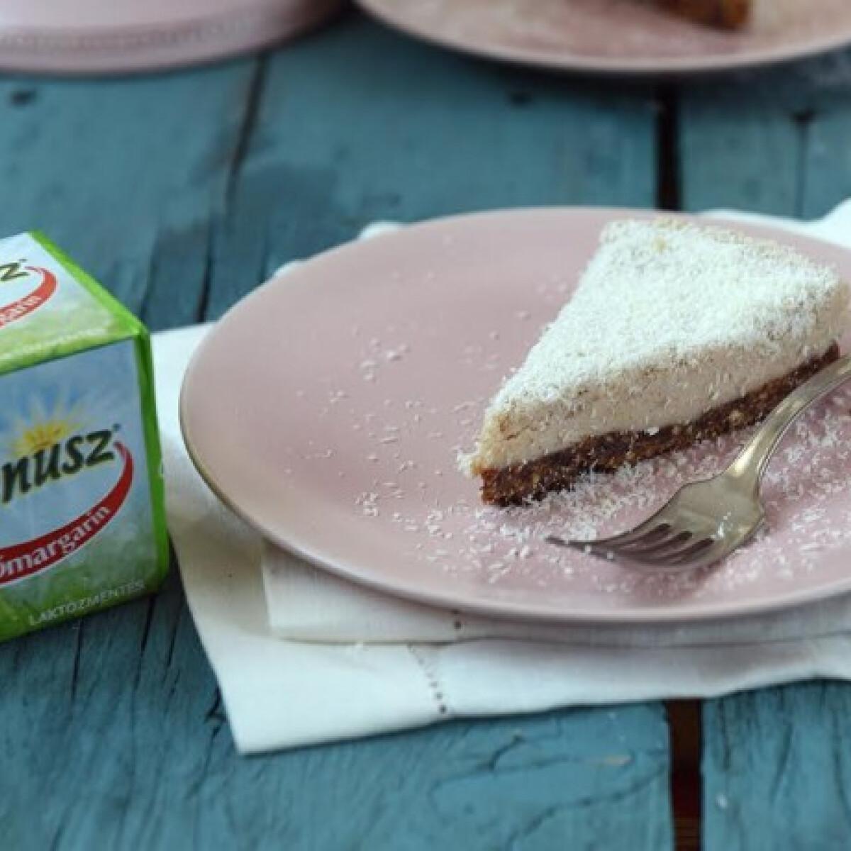 Ezen a képen: Kókuszos gesztenyetorta sütés nélkül