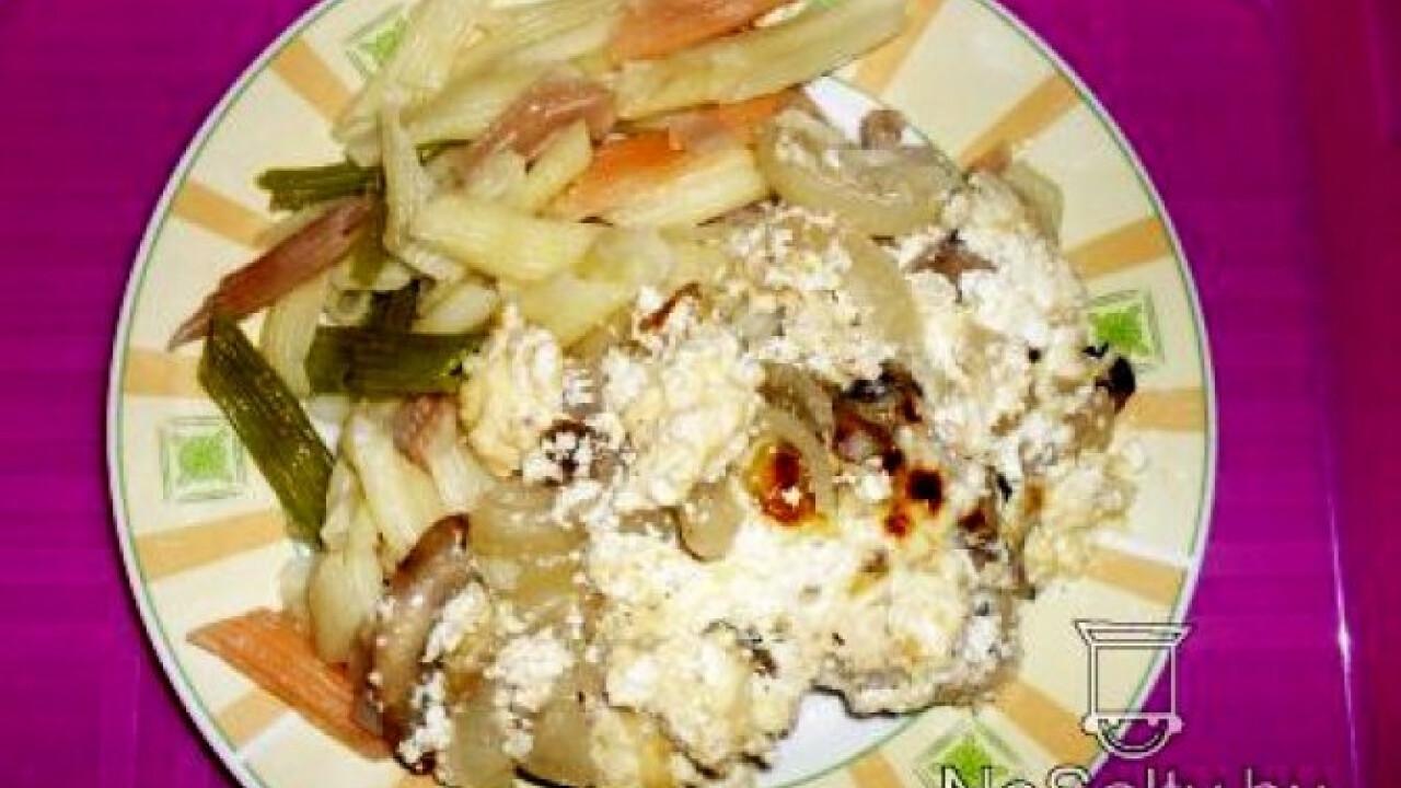Tejfölös - gombás csirkecombok tésztával