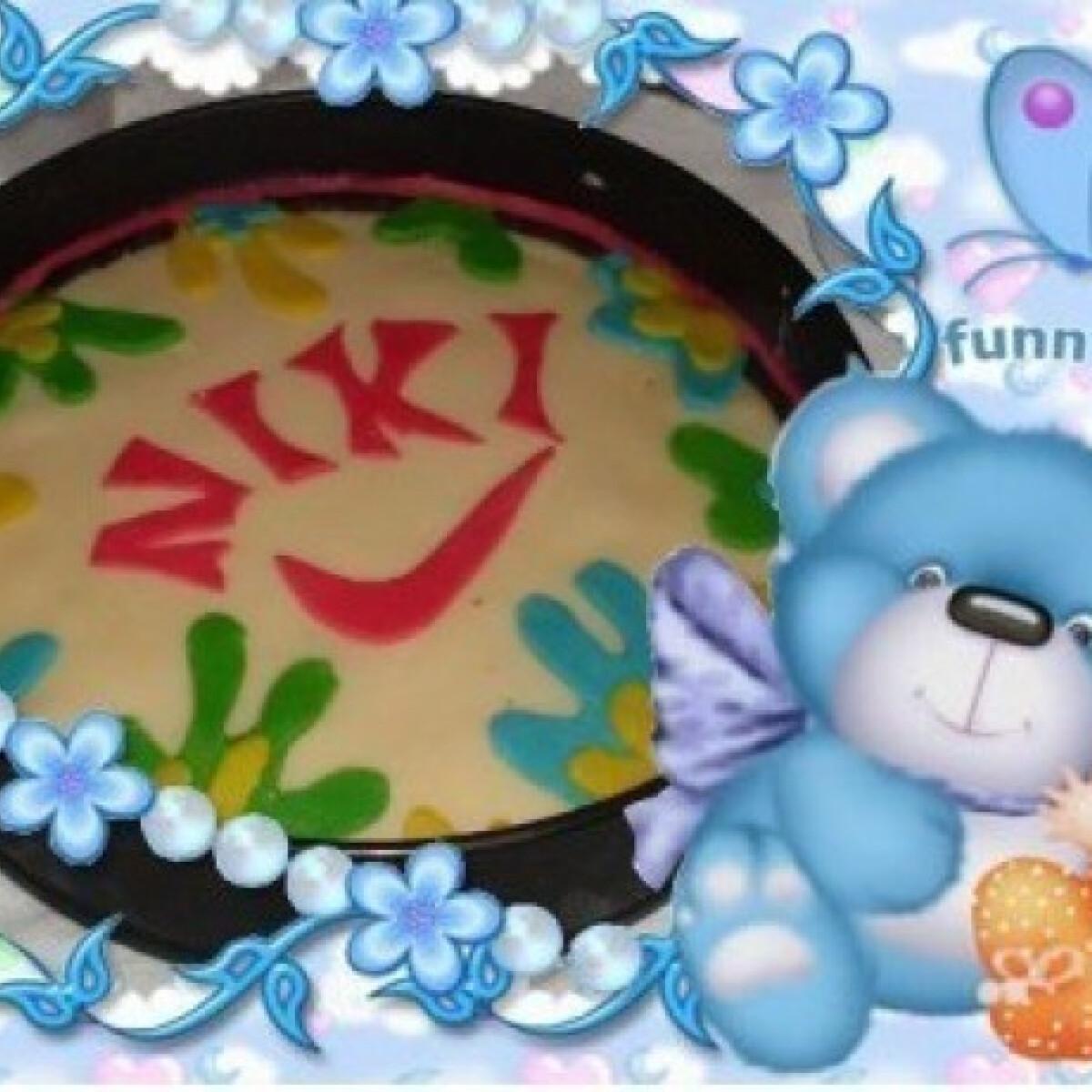 Ezen a képen: NIKE torta