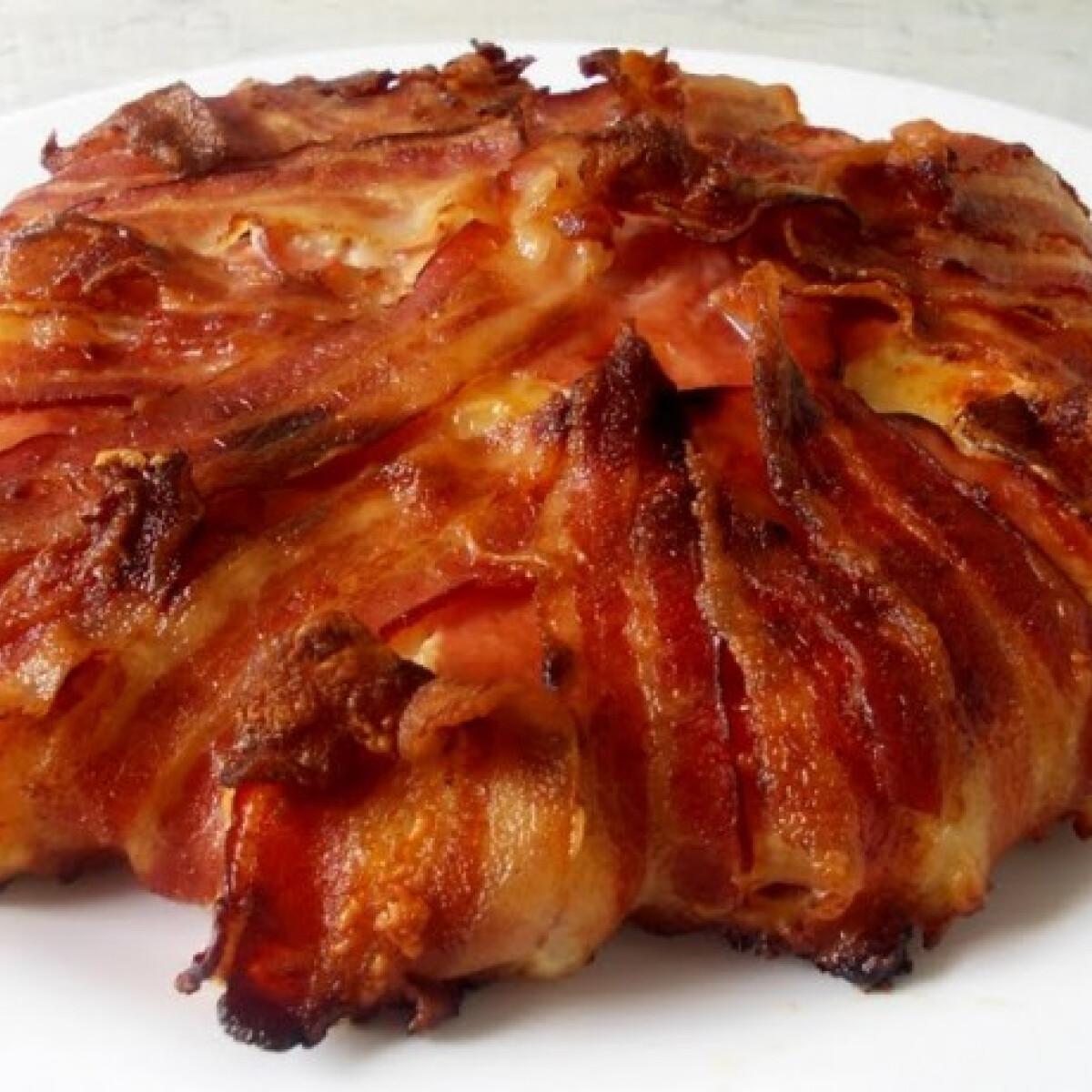 Ezen a képen: Bacon-ös csirketorta
