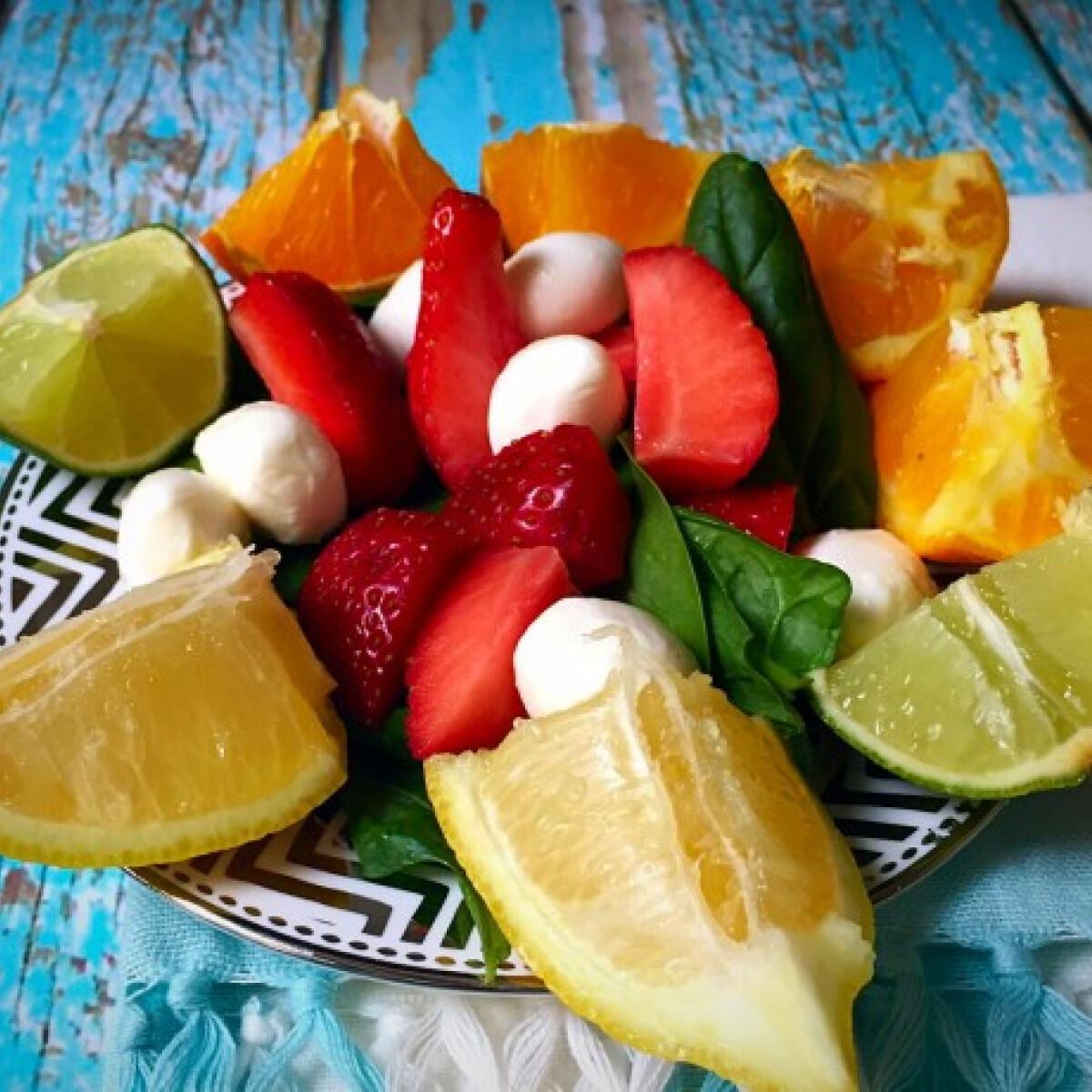 Ezen a képen: Könnyű nyári saláta