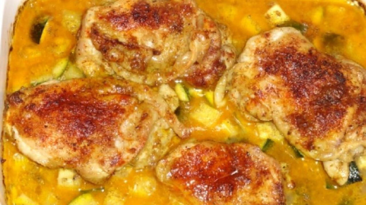 Cukkinis-currys csirkecomb