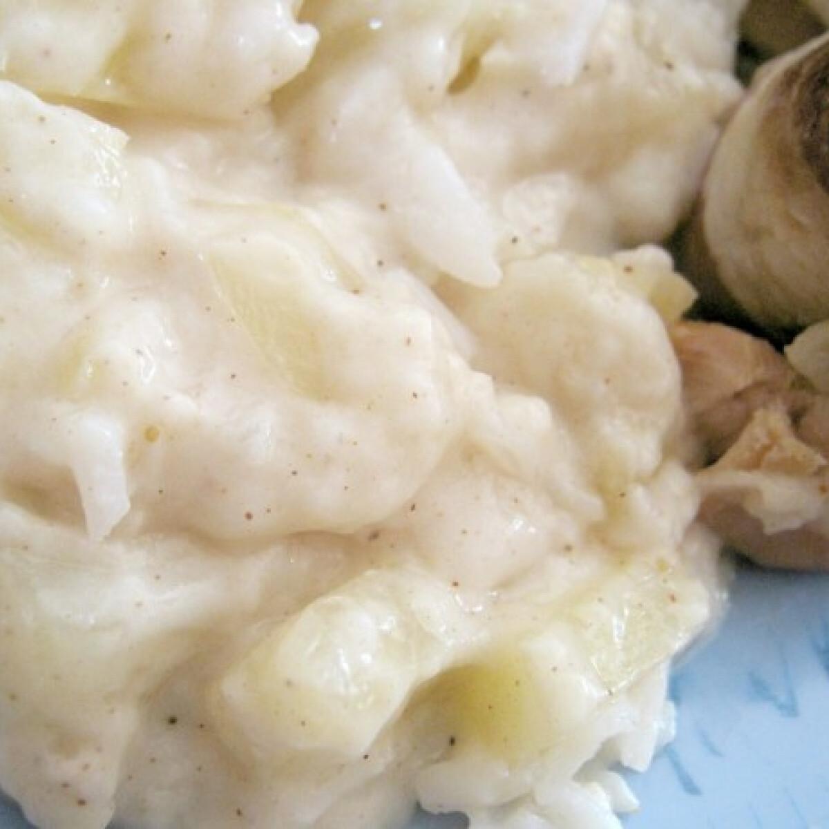 Ezen a képen: Ananászos mártás sült húshoz