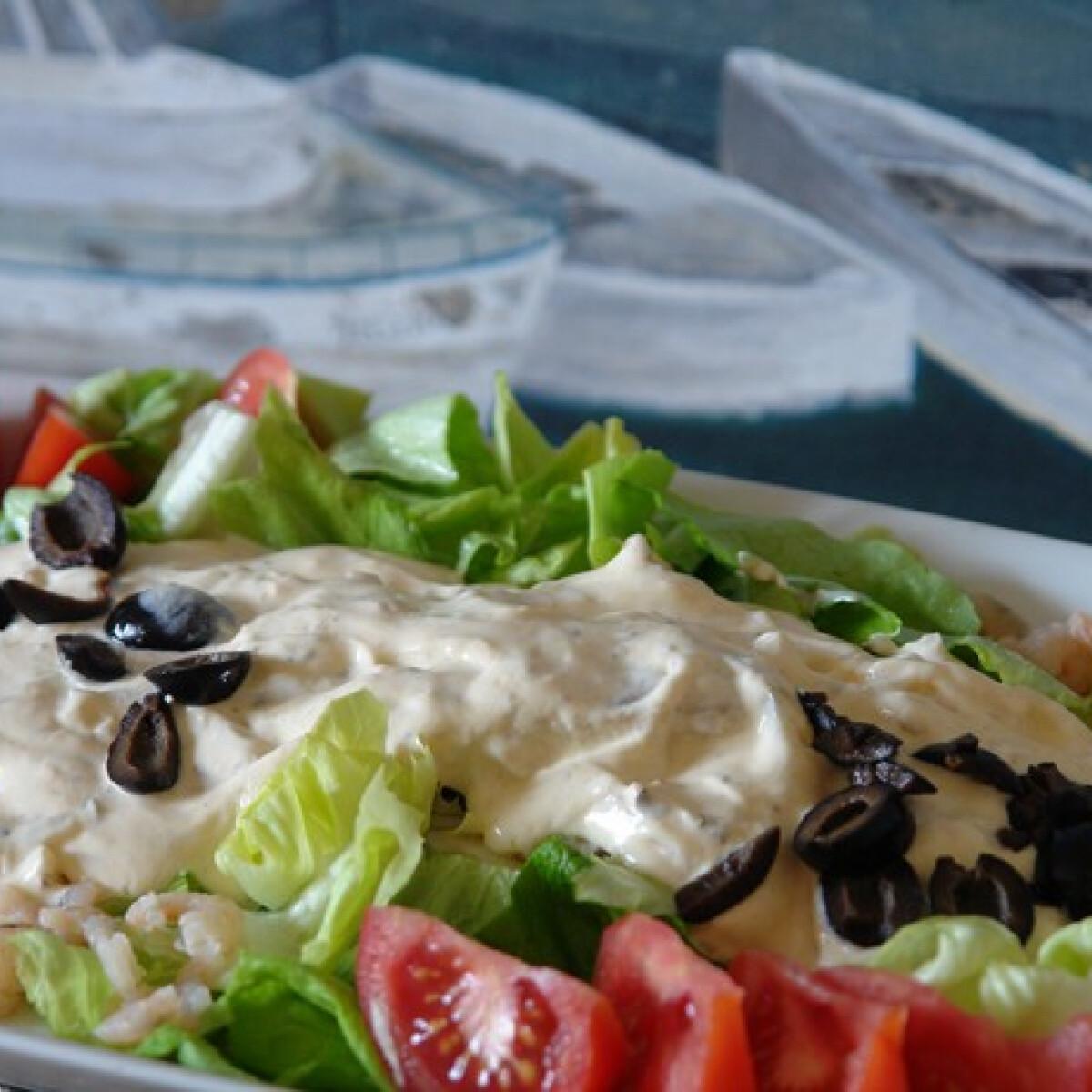 Ezen a képen: Görög halsaláta