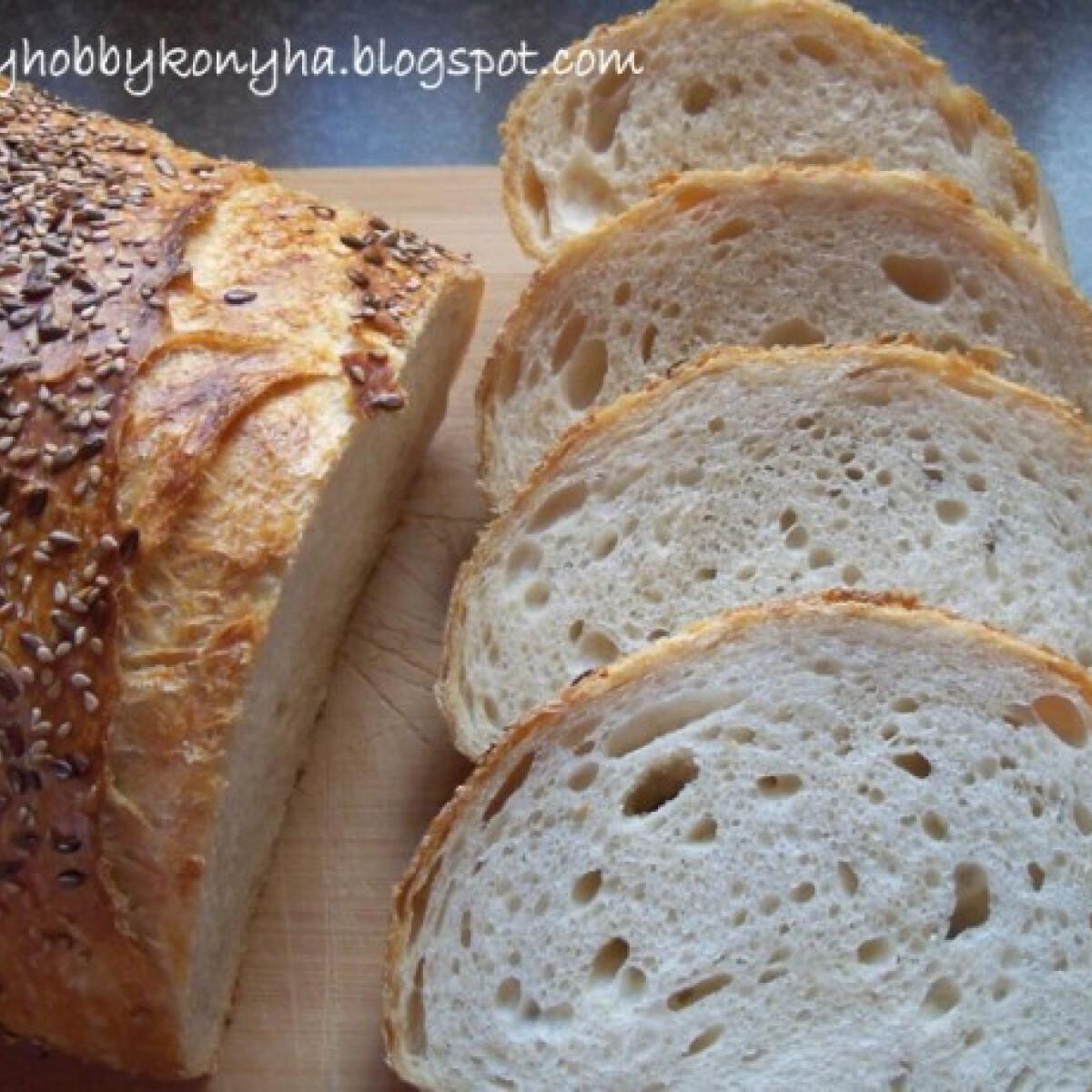 Ezen a képen: Kovászos fehér kenyér Bettymami konyhájából