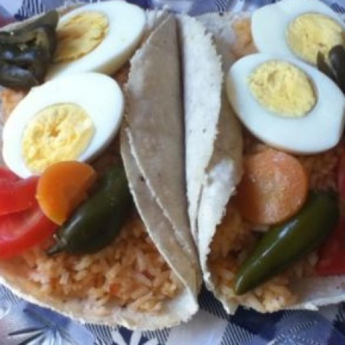 Ezen a képen: Mexikói reggeli