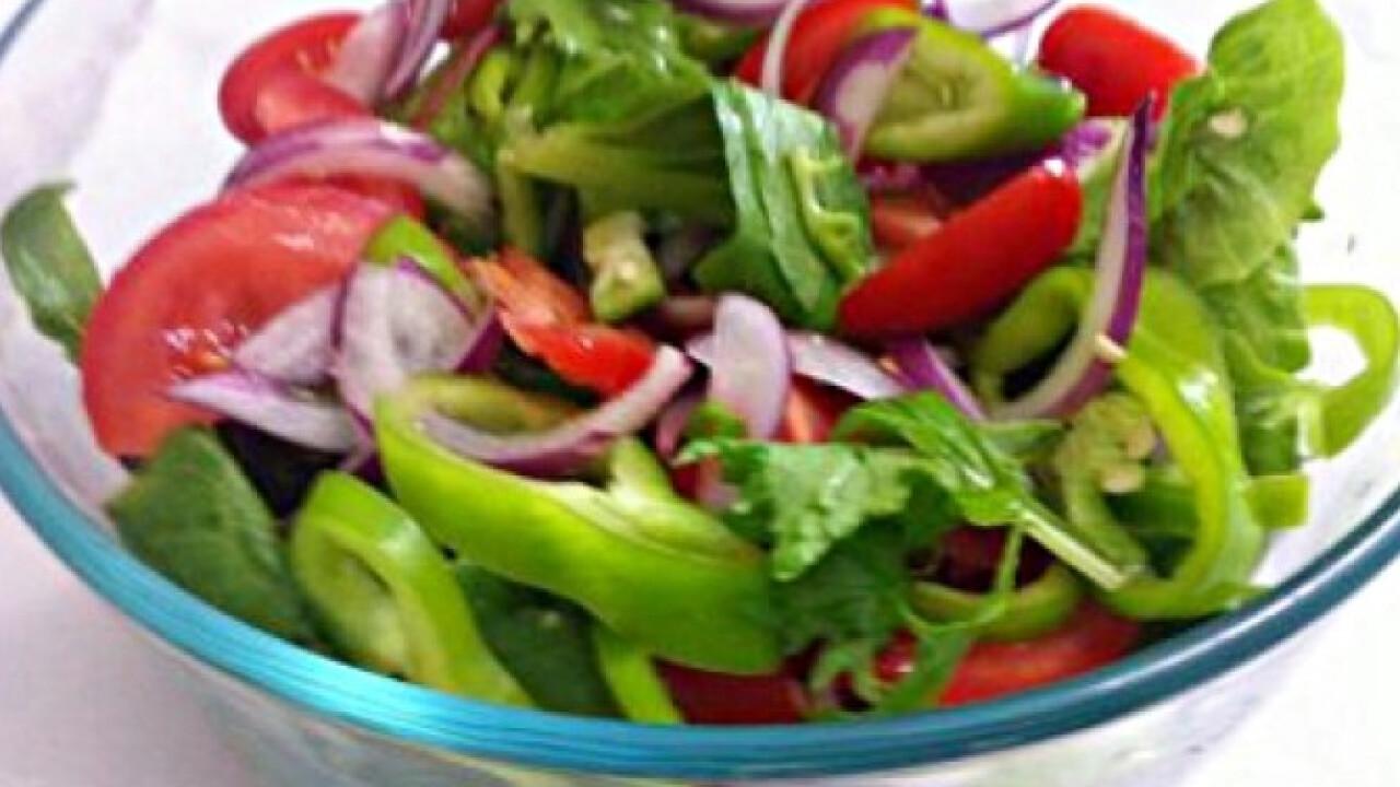 Vegyes zöld vitaminbomba saláta