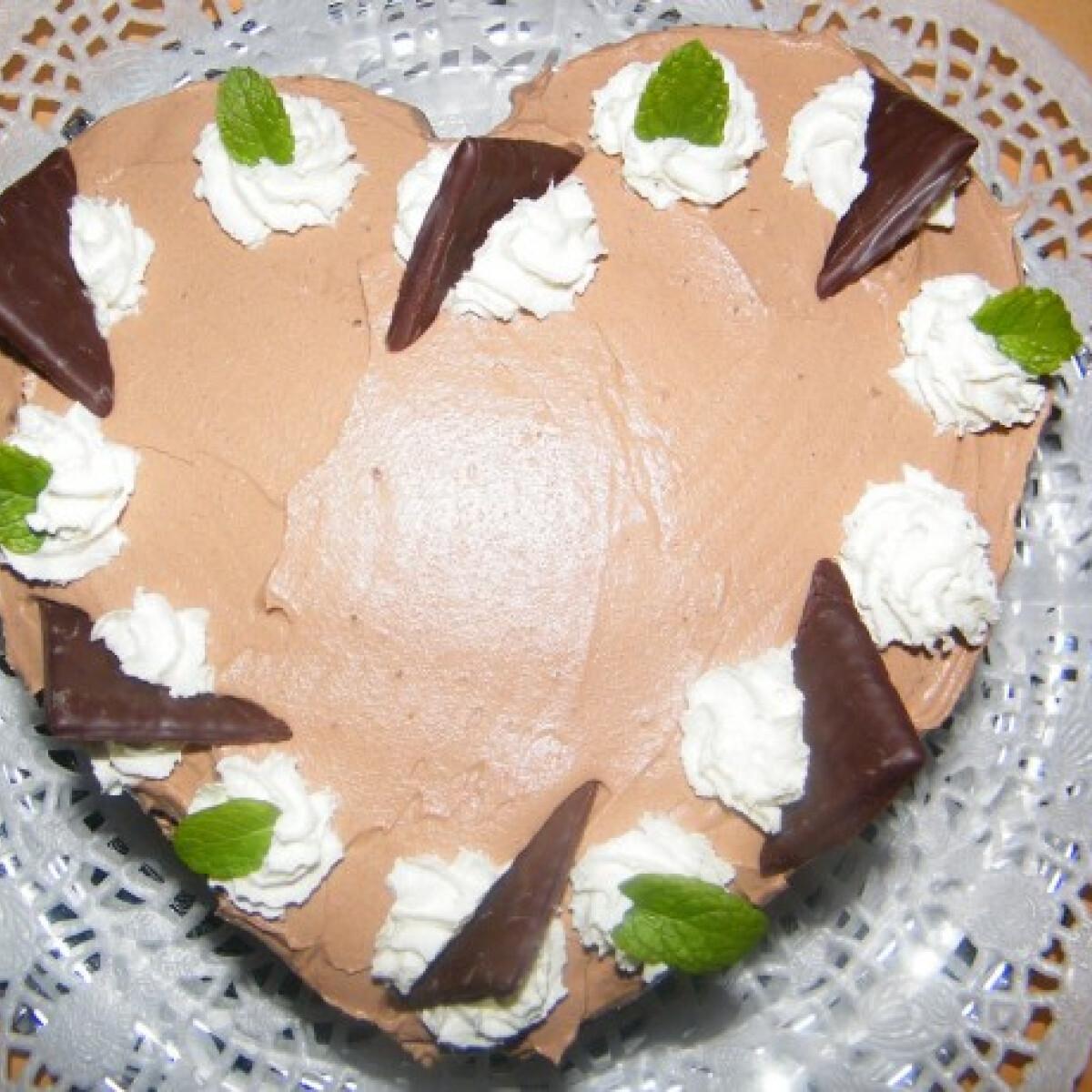 Ezen a képen: After Eight torta
