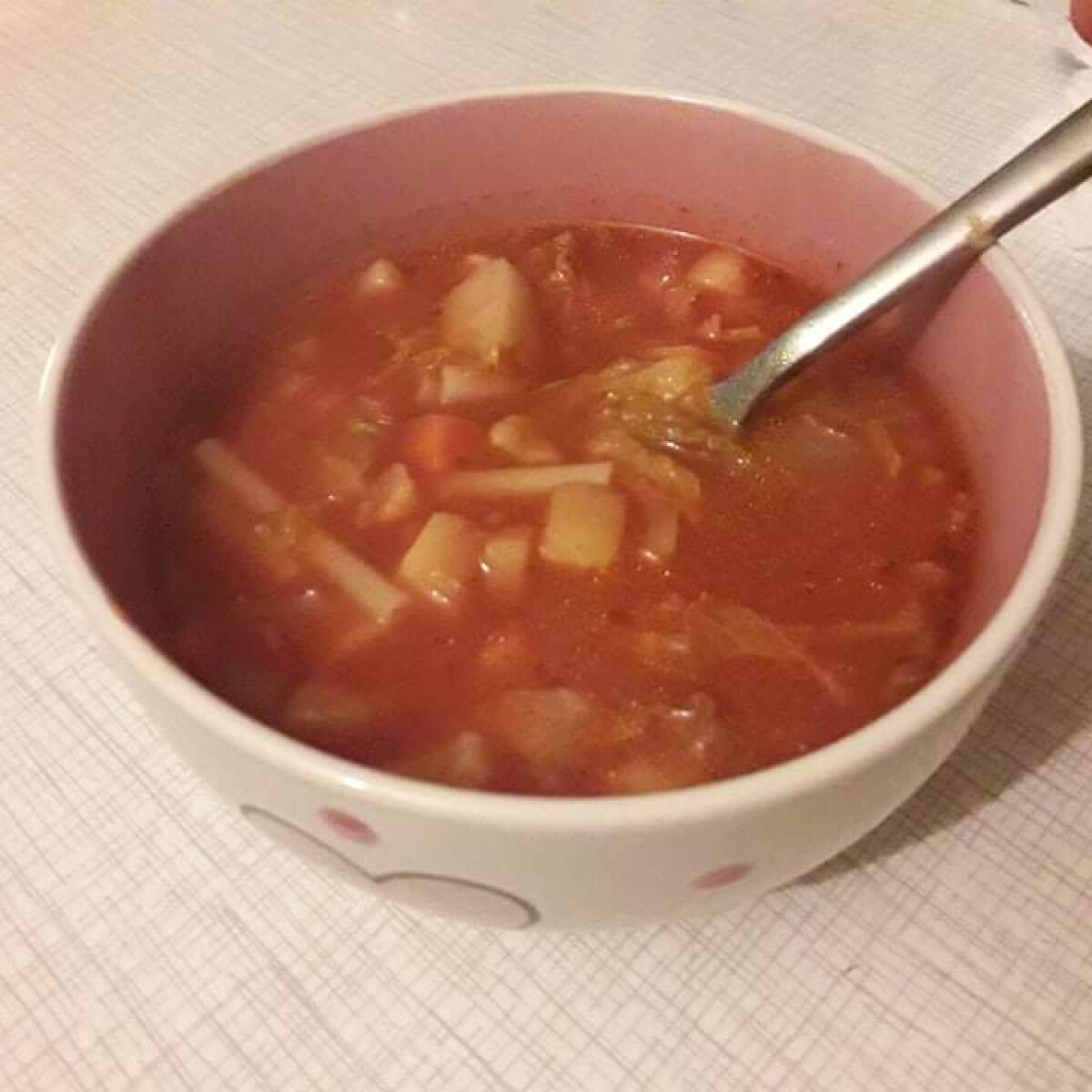 Ezen a képen: Hétköznap esti minestrone