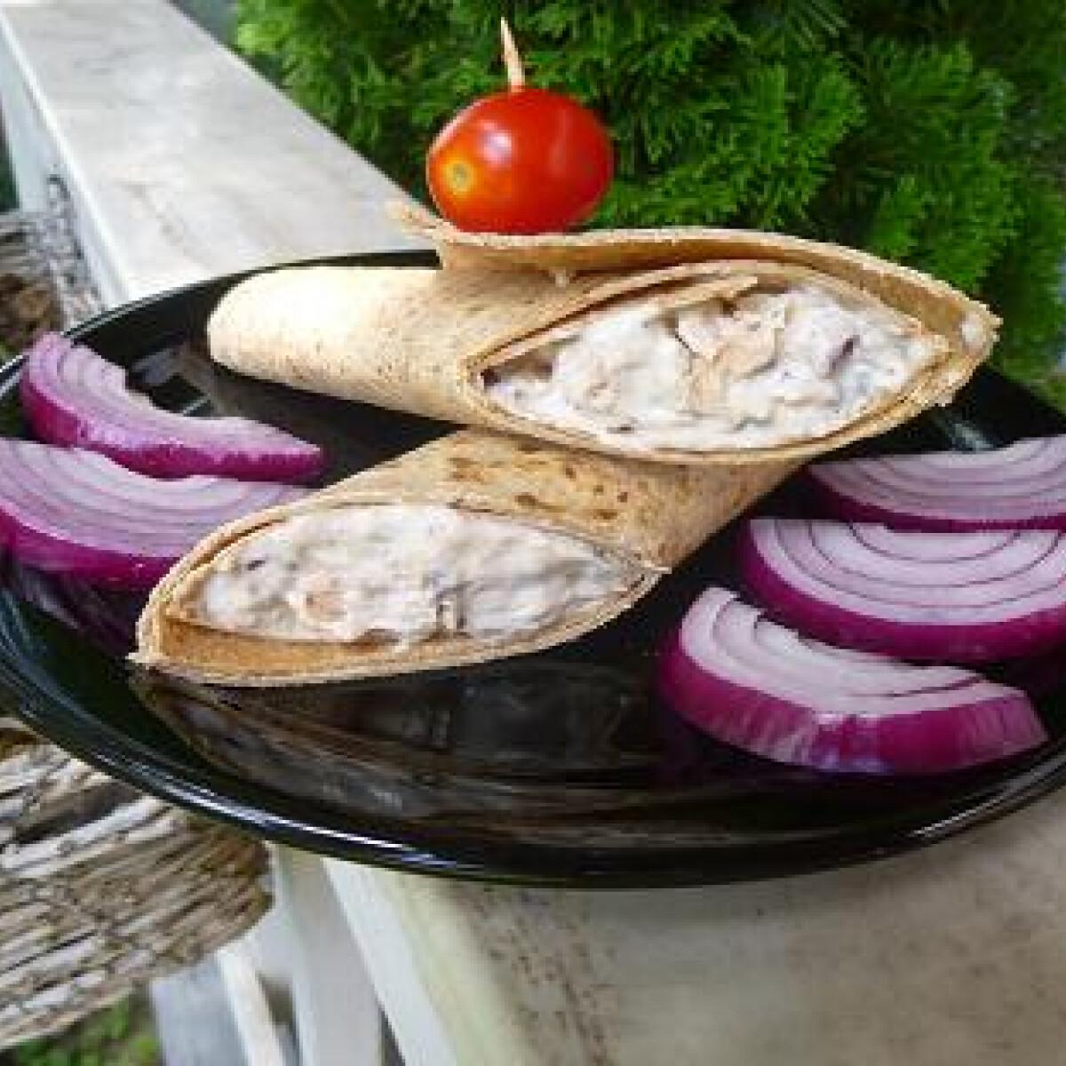 Ezen a képen: Tonhalsaláta witch konyhájából