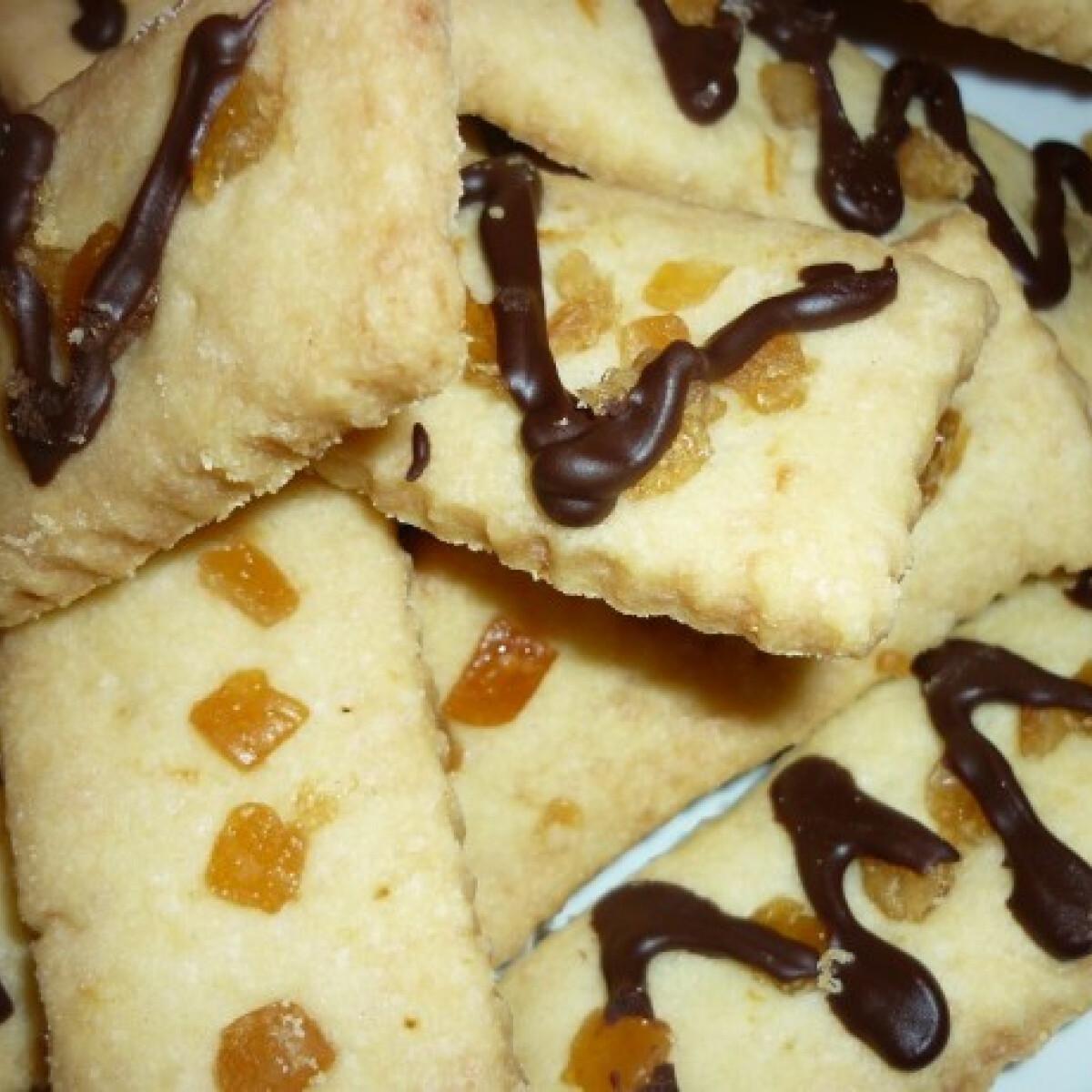 Ezen a képen: Narancsos keksz étcsokival