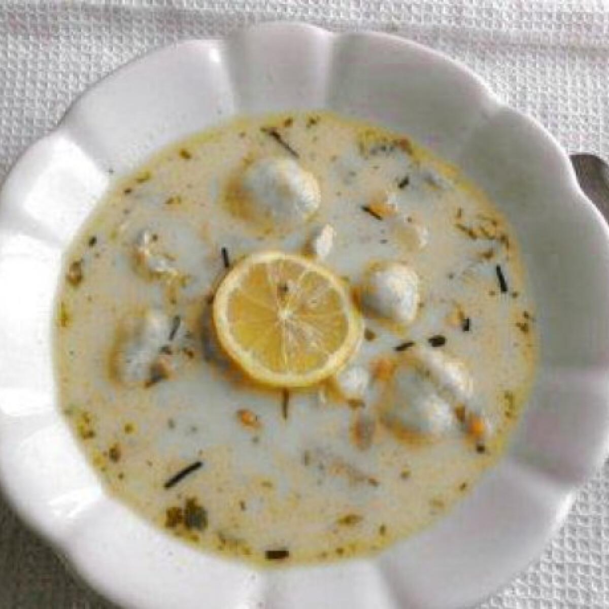 Ezen a képen: Nyírségi gombócleves tamil konyhájából