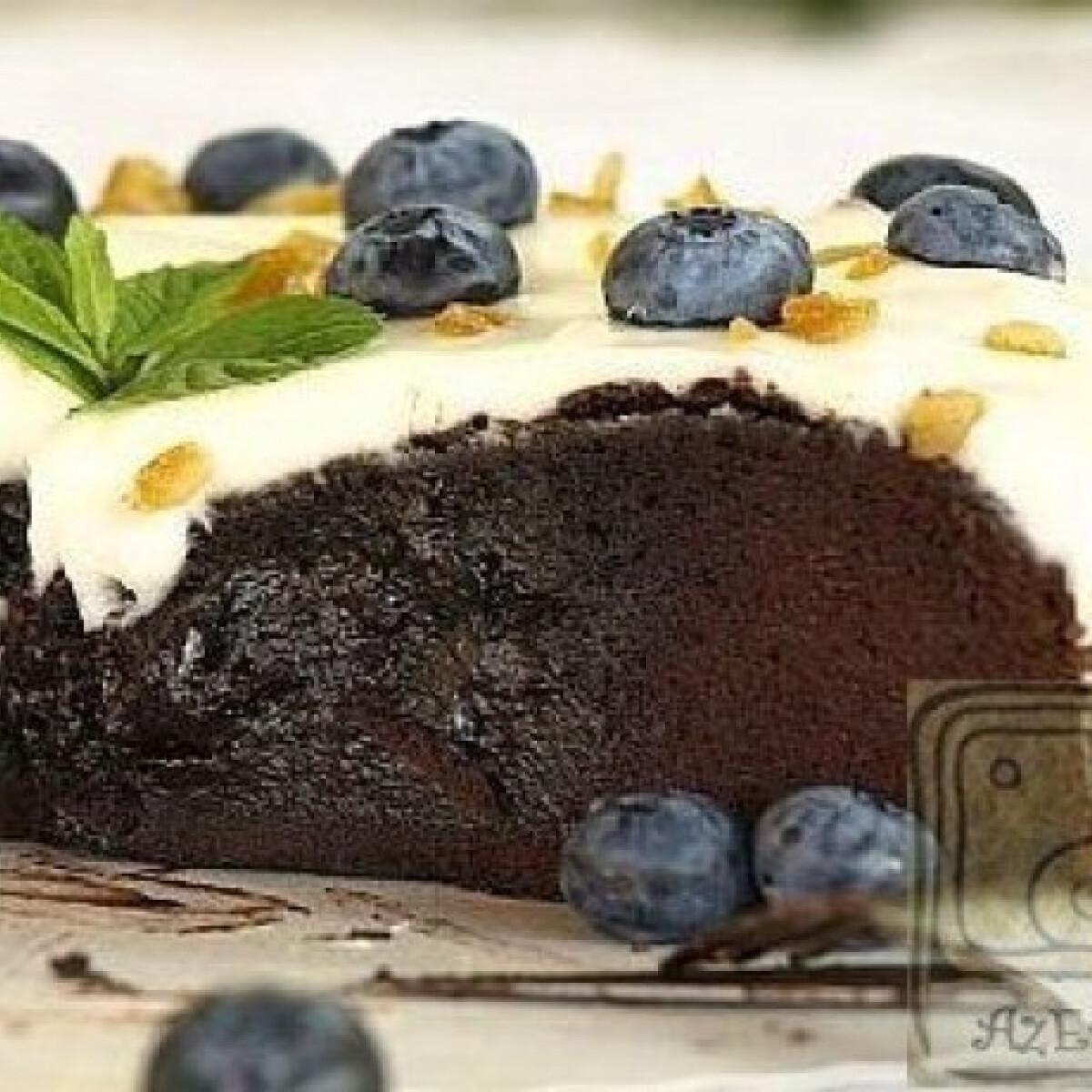 Ezen a képen: Olvadós belsejű csokitorta