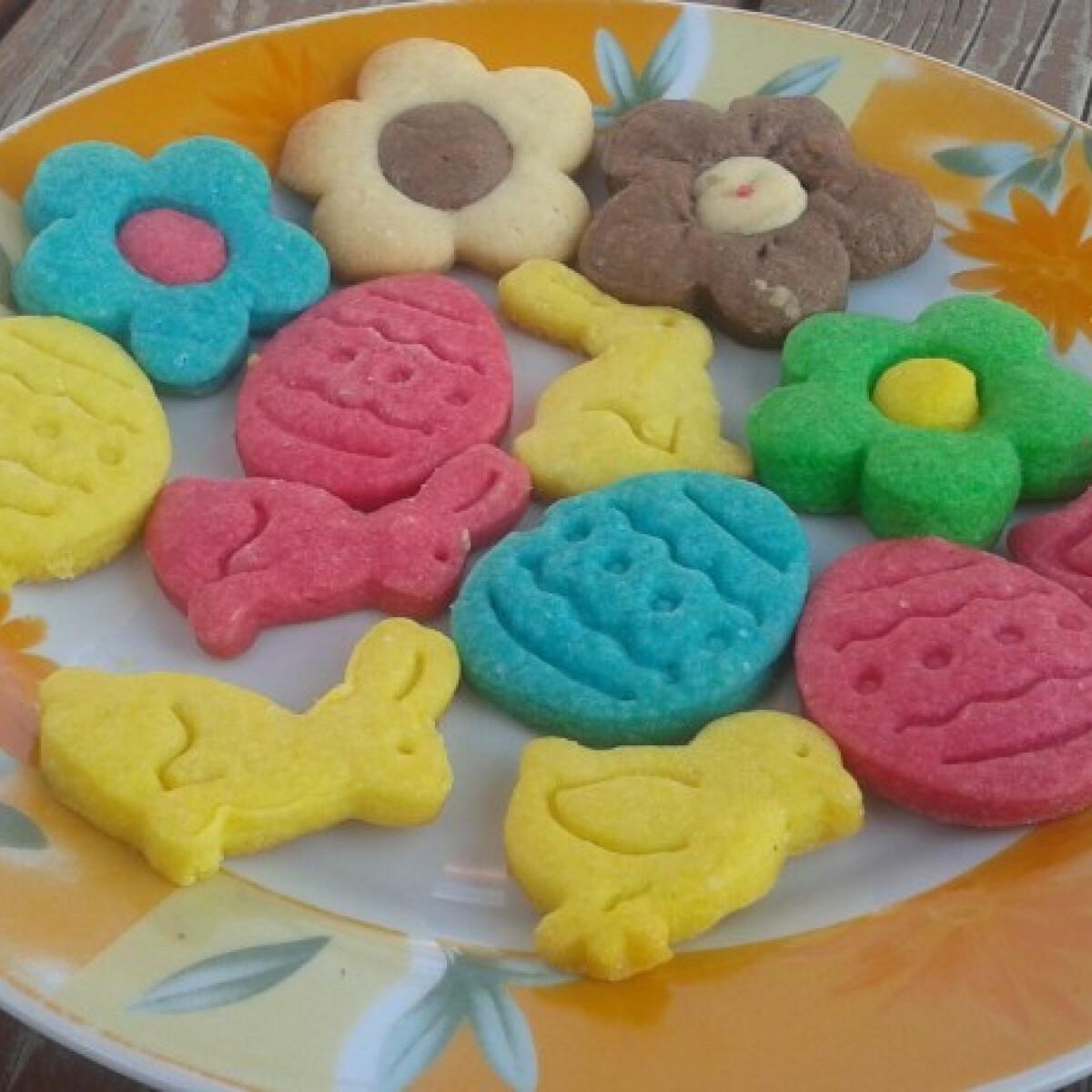 Ezen a képen: Húsvéti színes linzerek Édes Mézestől