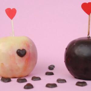 Csokoládéköntösbe bújtatott alma