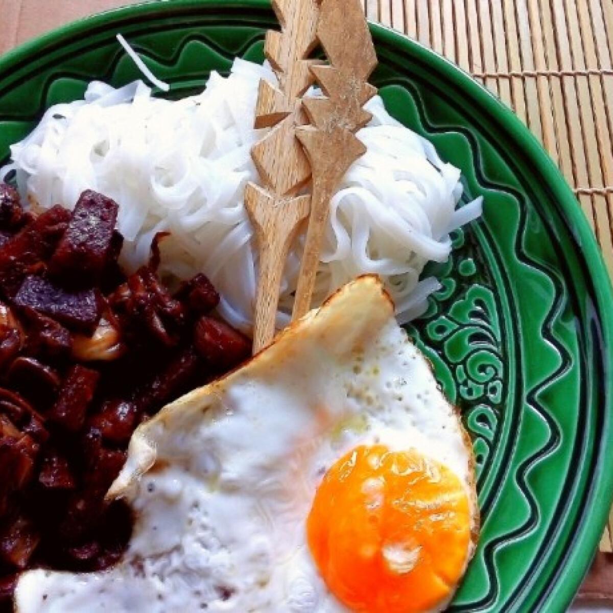 Koreai feketebab-szószos tészta - Jajangmyeon