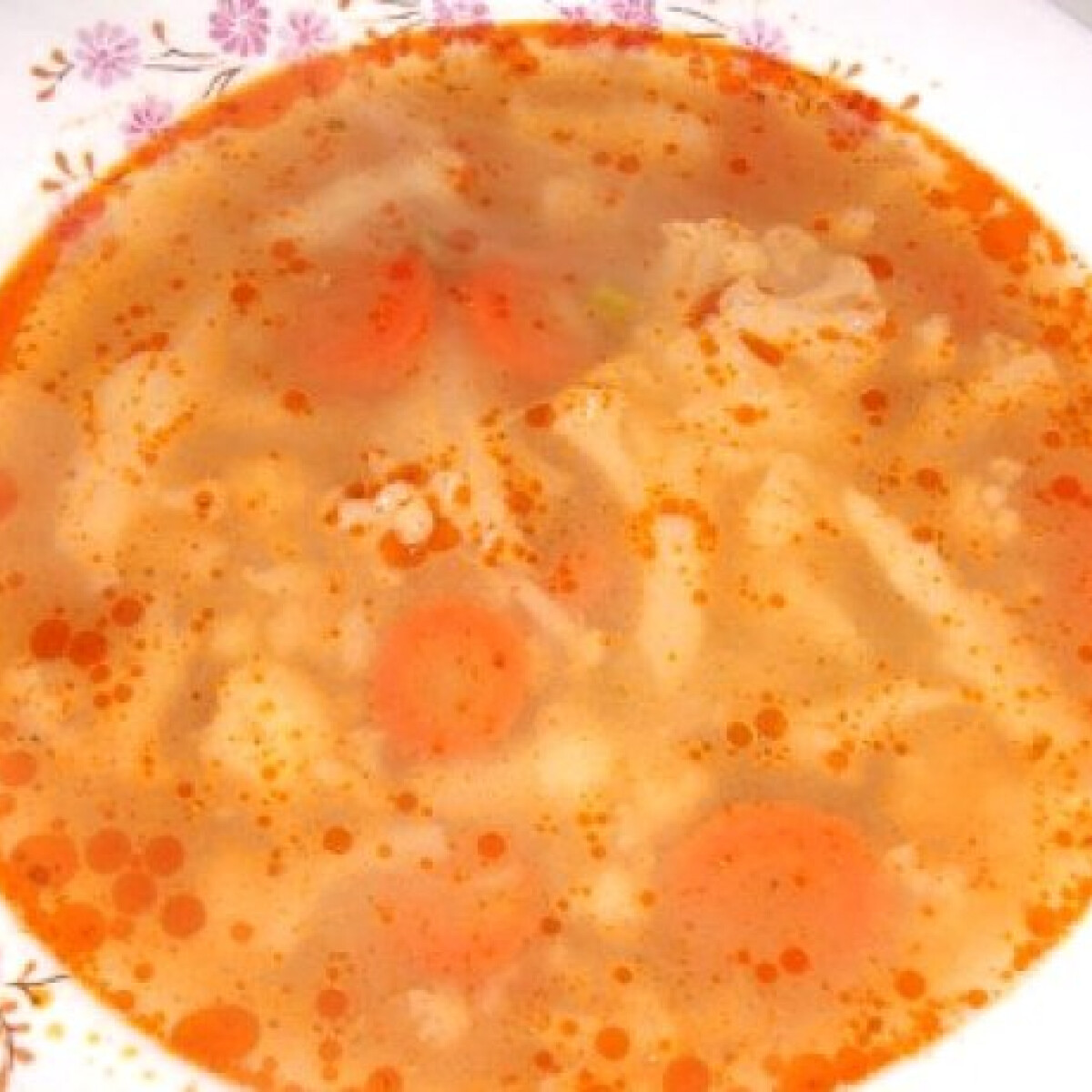 Ezen a képen: Karfiolleves Tímejjja konyhájából